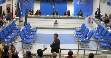 Aprovada redação final do PL que cobra taxa de publicidade no comércio de Camaçari