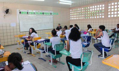 Estudantes da rede municipal retornam às aulas dia 8 de janeiro em Camaçari