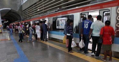 Após ato de vandalismo, trens da linha 1 do metrô voltam a funcionar normalmente