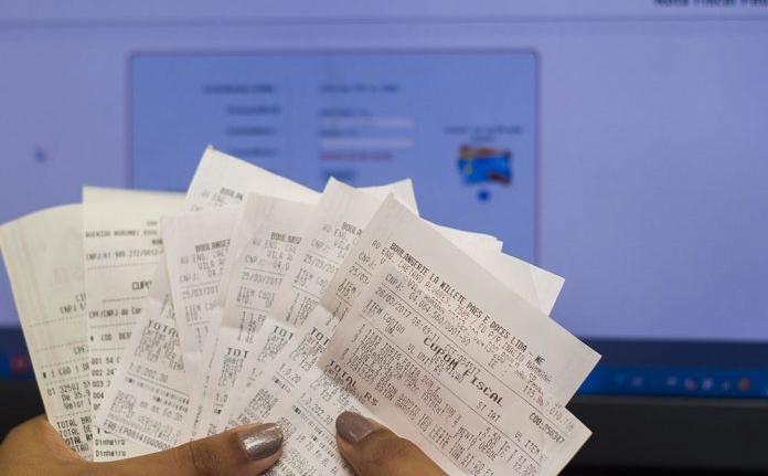 Economia: 70 mil empresas emitem nota fiscal eletrônica na Bahia