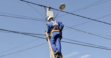 Camaçari: Sesp melhora sistema de iluminação em 10 bairros