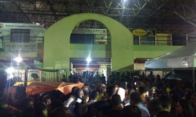 Elinaldo vence batalha judicial e reabre Feira de Camaçari