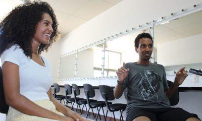 Mês Internacional do Teatro: atores veem noteatro popular um instrumento para debater tabus sociais