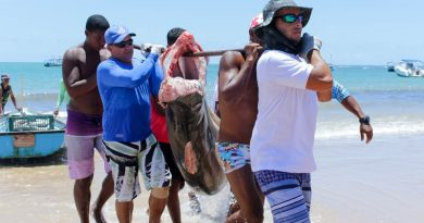 Boulevard Shopping realiza campanha em prol dos pescadores de Camaçari