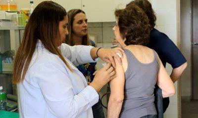 Vacinação contra gripe estará disponível para toda população a partir da próxima segunda