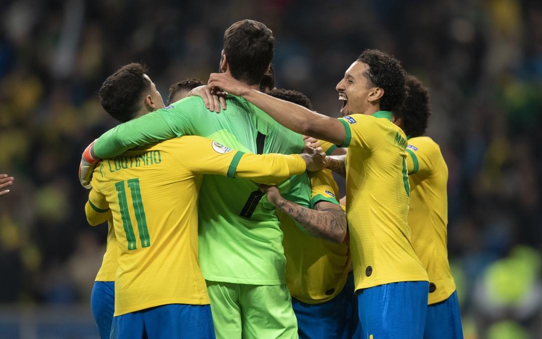 Em jogo duro Brasil e Paraguai tem vaga para as semis disputada nos pênaltis