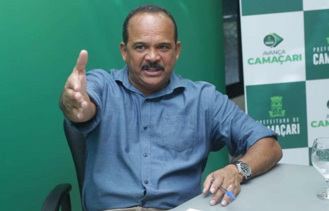 Opinião: com racha na oposição, Elinaldo vence fácil