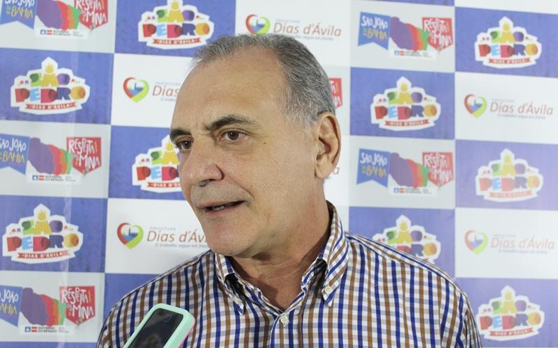 """São Pedro de Dias d'Ávila: """"Uma festa como essa estimula a economia local"""", destaca Nelson Pelegrino"""