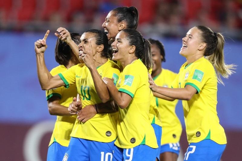 17 gols: Marta se consagra como maior artilheira de todas as Copas do Mundo