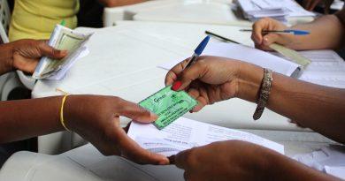 Camaçari: governo entrega mais 1 mil cartões do Bolsa Social nesta quinta-feira