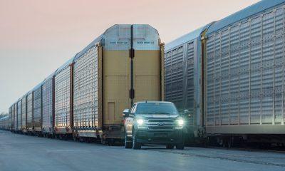 Protótipo da F-150 elétrica reboca trem de mais de 560 toneladas