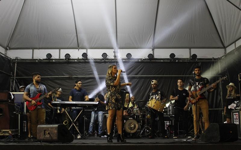 Com diversidade de ritmos, palcos alternativos fortalecem São Pedro de Dias d'Ávila
