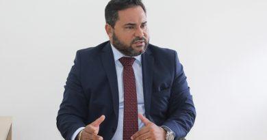 Camaçari: combater a violação de direitos dos advogados é o principal desafio da OAB, afirma Paulo Carneiro
