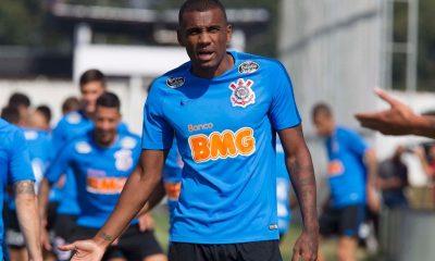 Bahia anuncia contratação do zagueiro Marllon