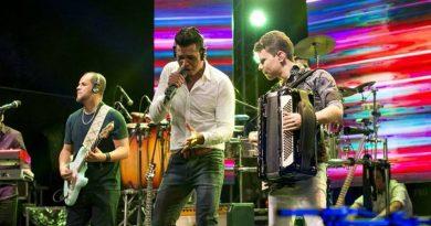 Celebra Camaçari promete animar público gospel com as bandas Shalom e Manancial na Praça Abrantes