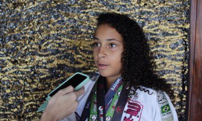 """""""É um sonho realizado ser tricampeã baiana"""", enfatiza Kaylane da Silva ao ser homenageada na Câmara"""