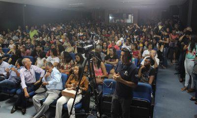 Após dúvidas da categoria, Curvelo adia votação de PL que impacta em aposentadoria dos professores