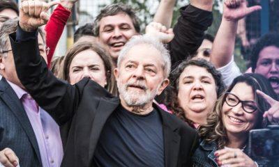 Lula deixa carceragem da PF em Curitiba