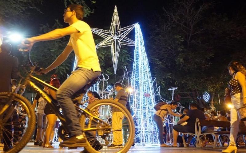 Natal de Luz movimenta economia em Camaçari