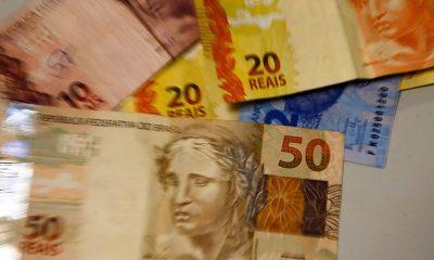 FMI prevê queda de 5,3% da economia brasileira este ano