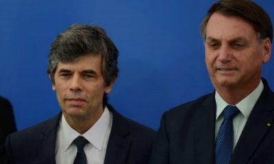 Bolsonaro oficializa posse de Nelson Teich como ministro da Saúde
