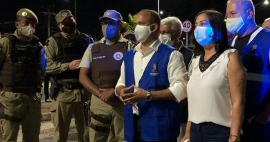 Elinaldo acompanha início da operação de fiscalização do toque de recolher