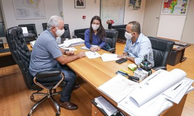 Elinaldo discute manutenção de vias em Camaçari com Governo do Estado
