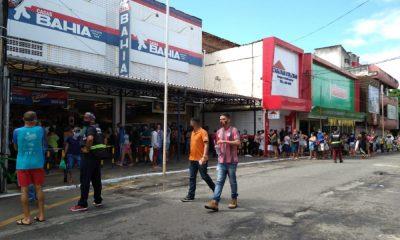 Camaçari: primeiro dia de reabertura do comércio é marcado por filas e congestionamento no Centro