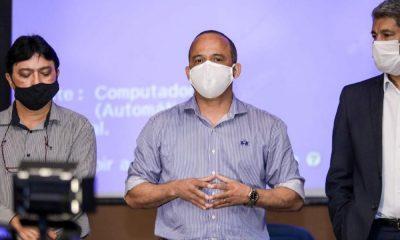 """""""Não estamos preocupados com datas, e sim a forma como voltaremos"""", afirma Elinaldo sobre retorno das aulas"""