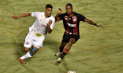 Em jogo no Barradão, Vitória e Náutico empatam sem gols