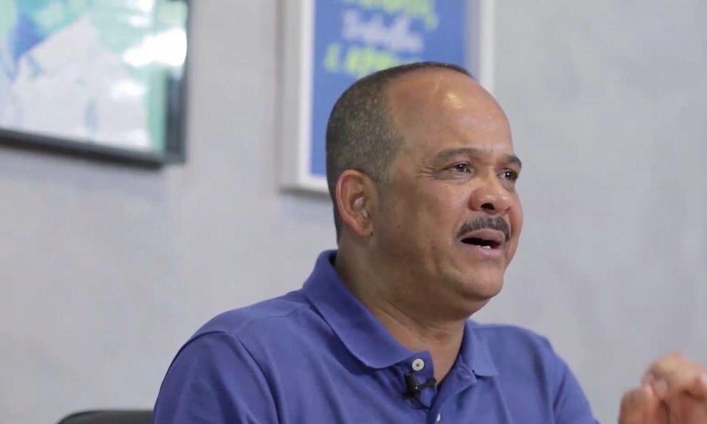 """""""Eu via uma Camaçari devastada quando assumi, com ruas tomadas de lixo"""", dispara Elinaldo"""