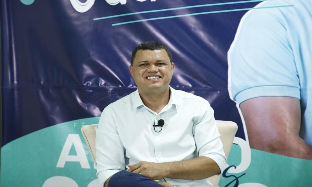 Adalto Santos assume cargo de subsecretário de Educação em Camaçari