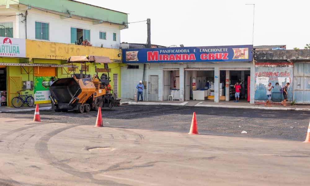 Governo municipal realiza obras de recapeamento em diversos bairros de Camaçari