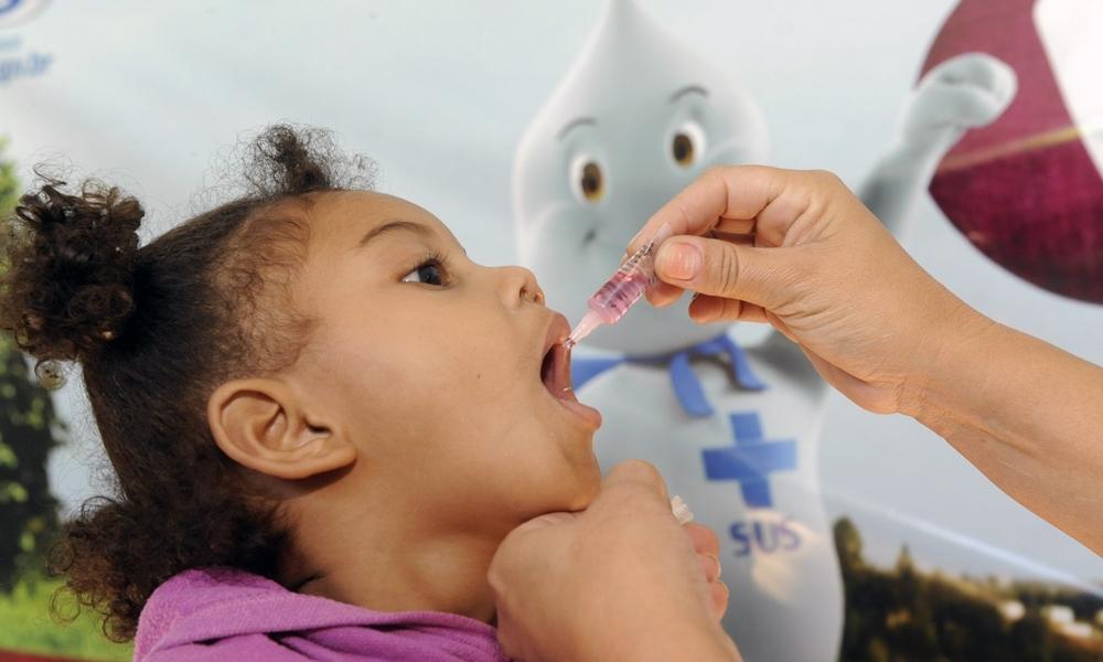 Campanha de vacinação contra a poliomielite é prorrogada até 30 novembro