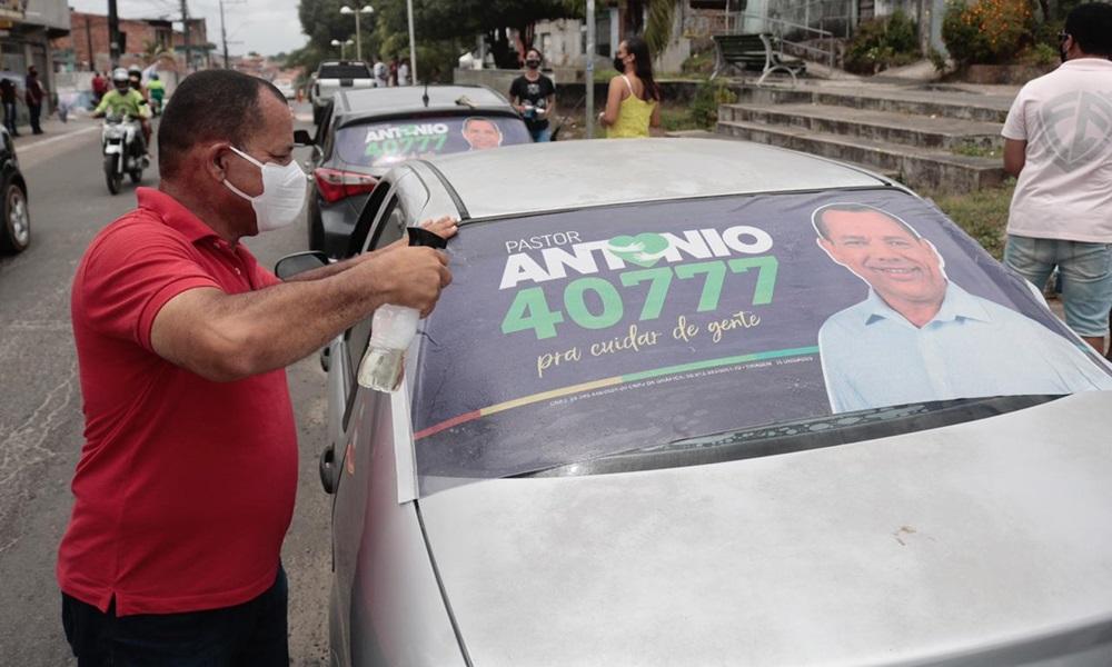 Adesivaço do Pastor Antônio vira mega carreata nos Phoc's e reforça favoritismo para a Câmara