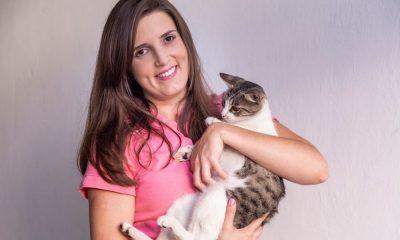 Natália Vieira faz campanha contra utilização de fogos em carreatas