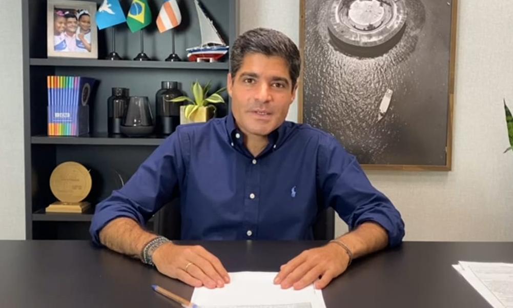 """""""Cara jovem, batalhador"""", afirma ACM Neto ao declarar apoio a Júnior Borges"""