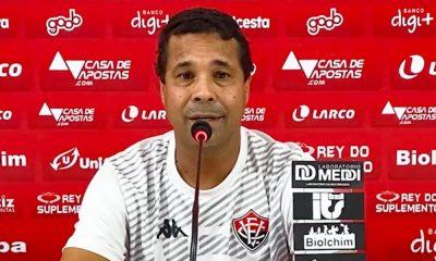 Rodrigo Chagas assume como técnico interino do Vitória em jogo deste sábado