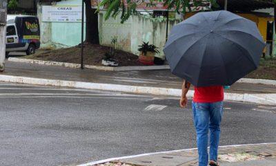 Tempo deve permanecer chuvoso até o fim de semana em Camaçari