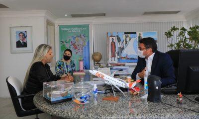 Secretário de Turismo do Estado recebe Lúcia Bichara para debater requalificação da Aldeia Hippie