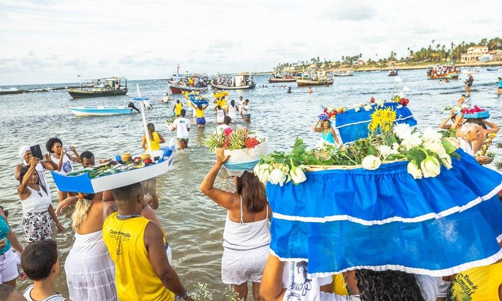 Festejos à Iemanjá: tradicional evento é cancelado em toda a orla de Camaçari
