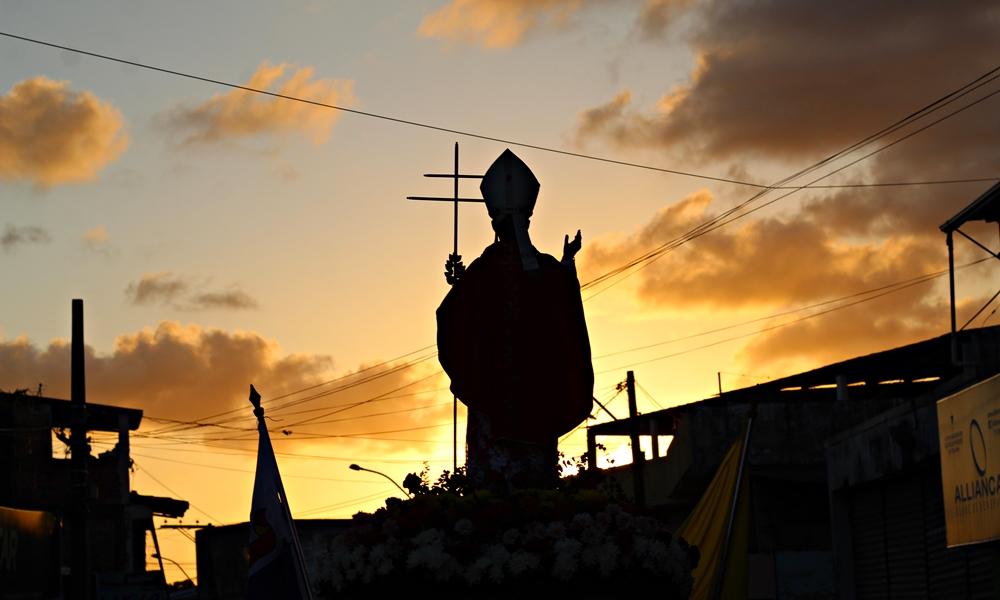 Em meio à pandemia, festejos de São Thomaz de Cantuária fortalecem fé dos camaçarienses