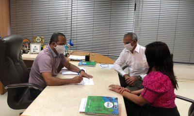 Elinaldo se reúne com secretários para discutir volta às aulas em Camaçari