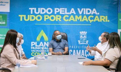 Elinaldo discute estratégias de vacinação contra o coronavírus em Camaçari
