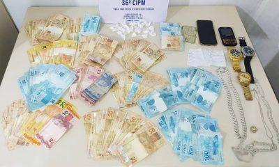 PM prende dono de estabelecimento em flagrante por tráfico de drogas no Centro de Dias d'Ávila