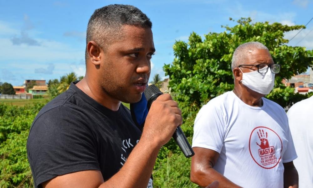 Deni, Jamessom e Vavau participam de movimento em defesa do Cacimbão em Arembepe