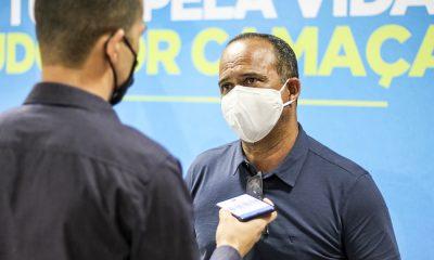 Elinaldo vai comprar vacinas internacionais contra Covid-19