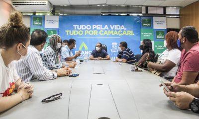 Elinaldo recebe comissão de sindicato e manifesto de mulheres metalúrgicas