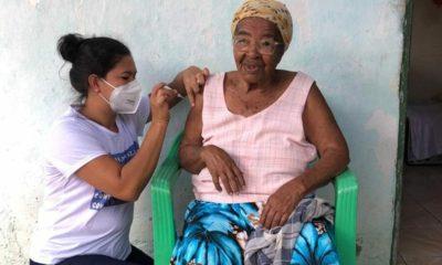 Prefeitura de Dias d'Ávila divulga novo cronograma de vacinação em domicílio