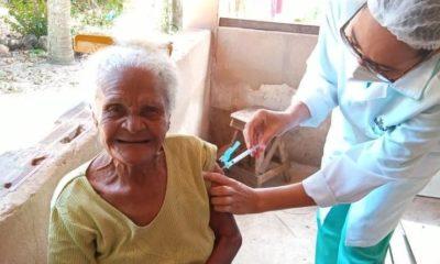 Mata inicia vacinação contra Covid-19 em idosos a partir de 75 anos de idade